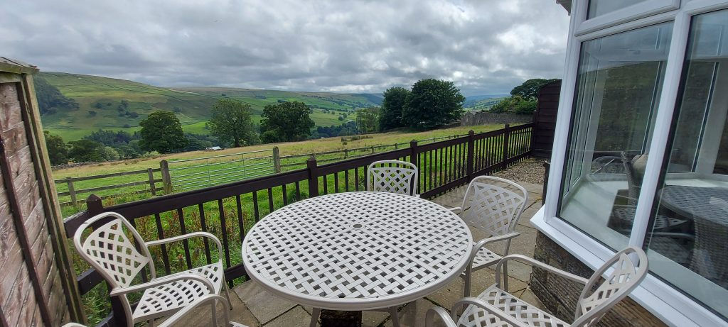 View when alfresco dining